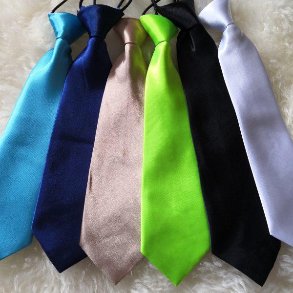 solmio-pikkupojalle-eri-värejä