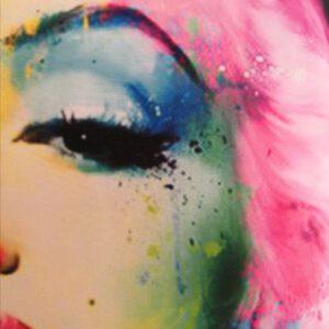värikäs-marilyn-lähi